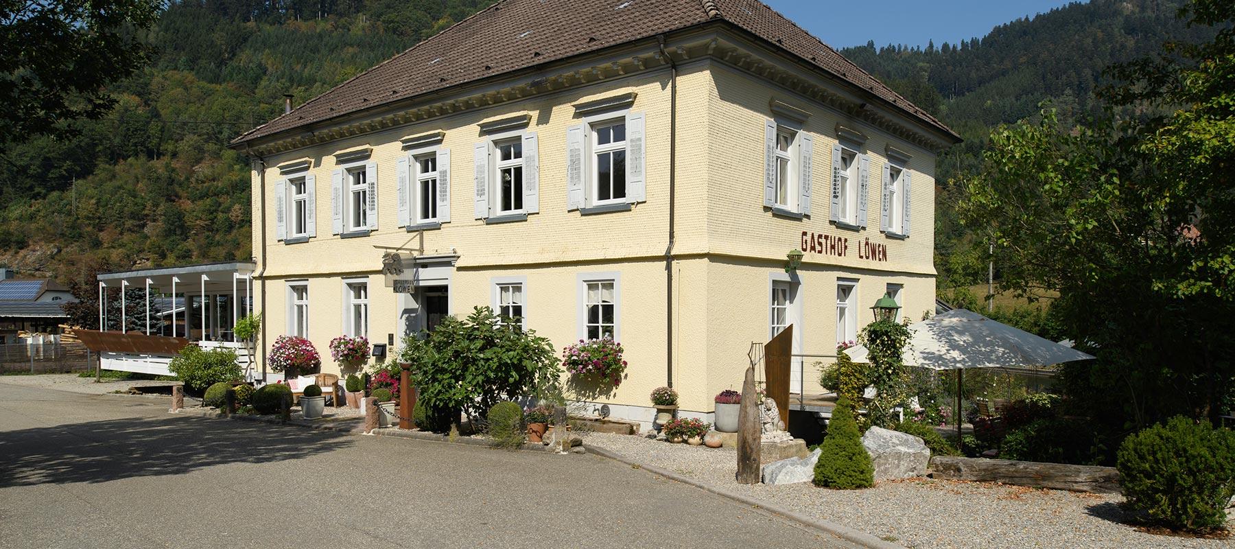 Gasthaus Löwen in Halbmeil